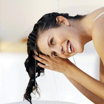 4 tips para cuidar tu pelo en la playa