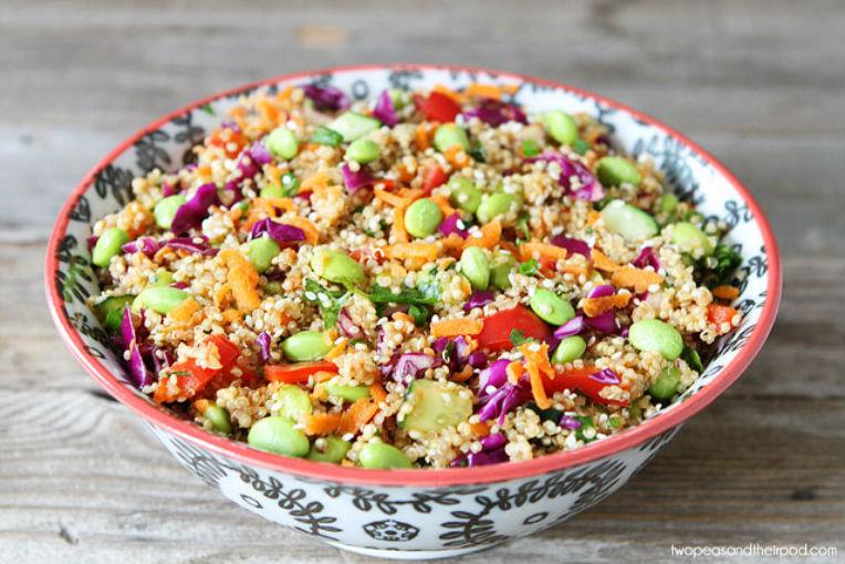 Ensalada de quinoa con verduras me lo dijo lola for Cocinar 1 taza de quinoa