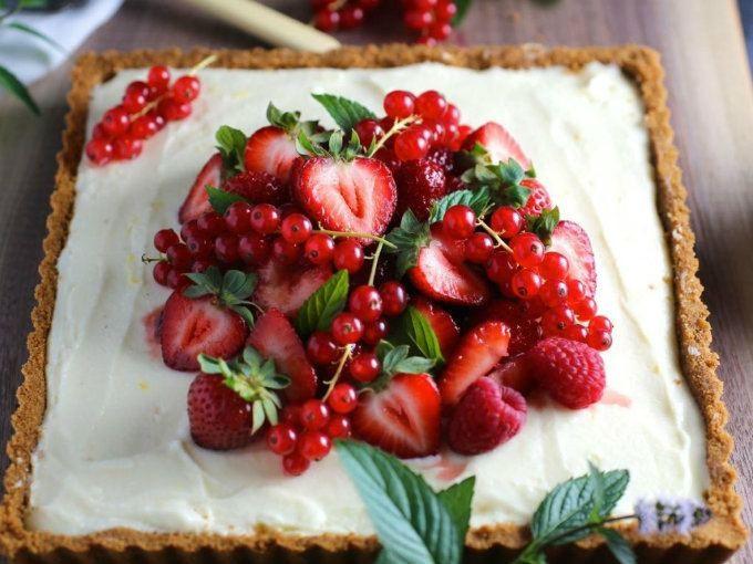 Un cheesecake de galletas marías que no te puedes perder.  Foto: Nerds With Knives.