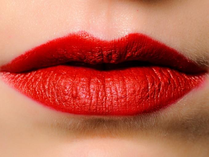 Despídete de los labios secos con estos tips