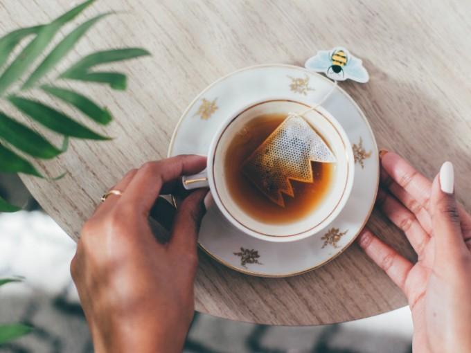 7 cosas que puedes hacer con las bolsitas de té