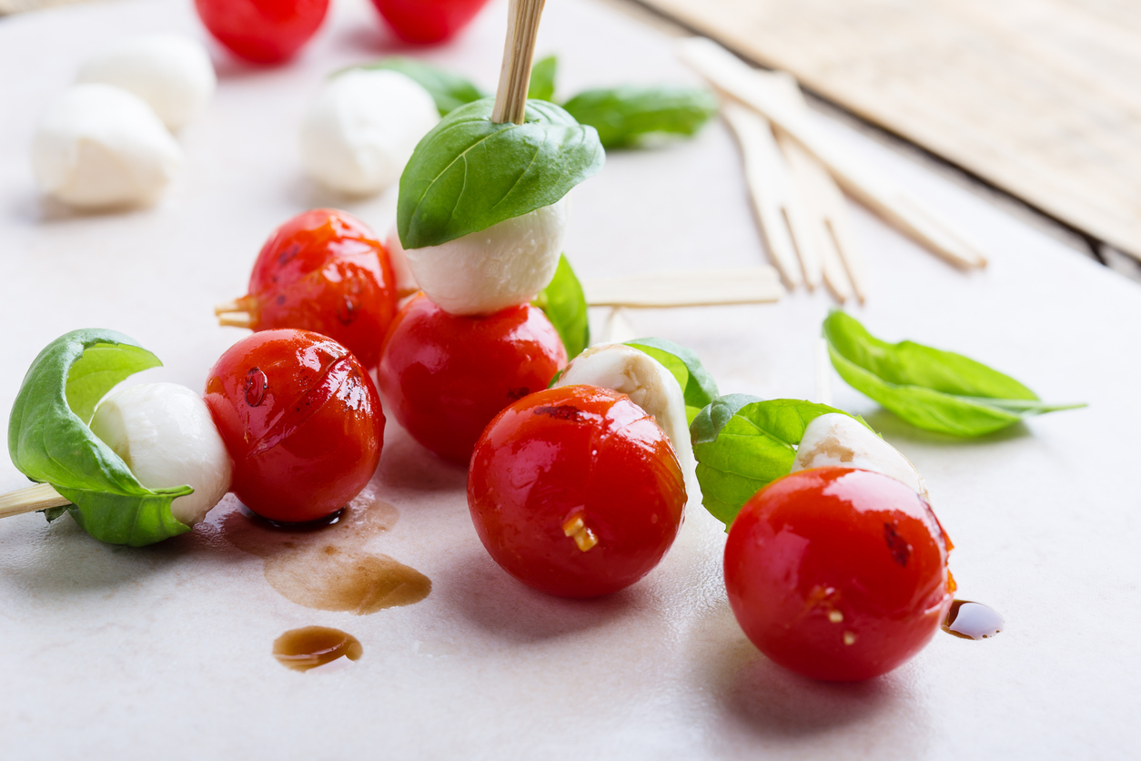 Brochetas de tomate cherry - snacks