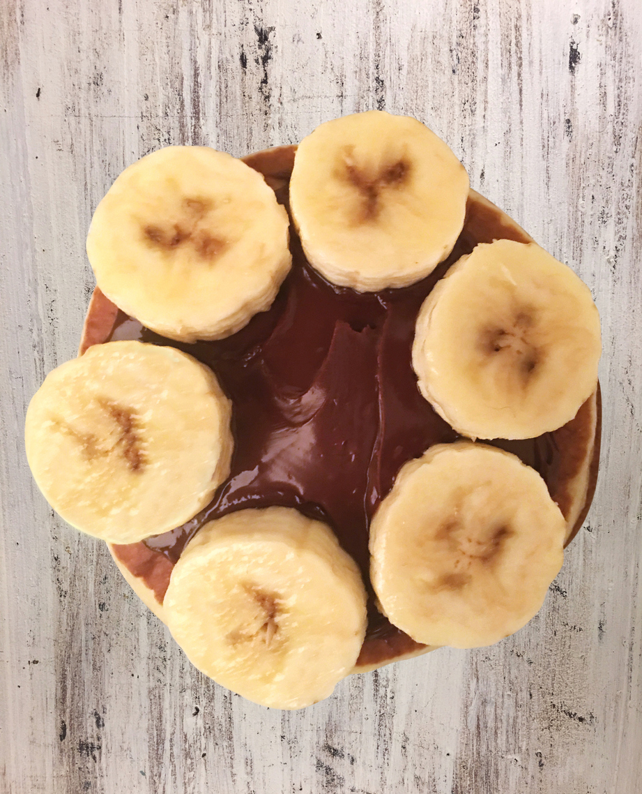 Crepa de plátano con nuez y nutella