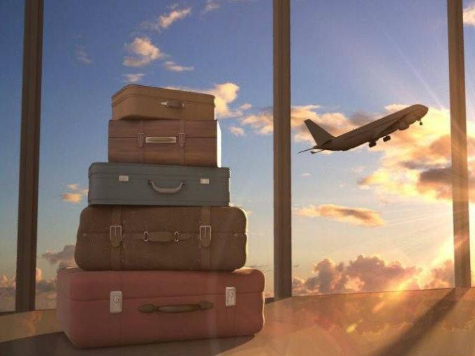 Resultado de imagen para maletas en aeropuerto
