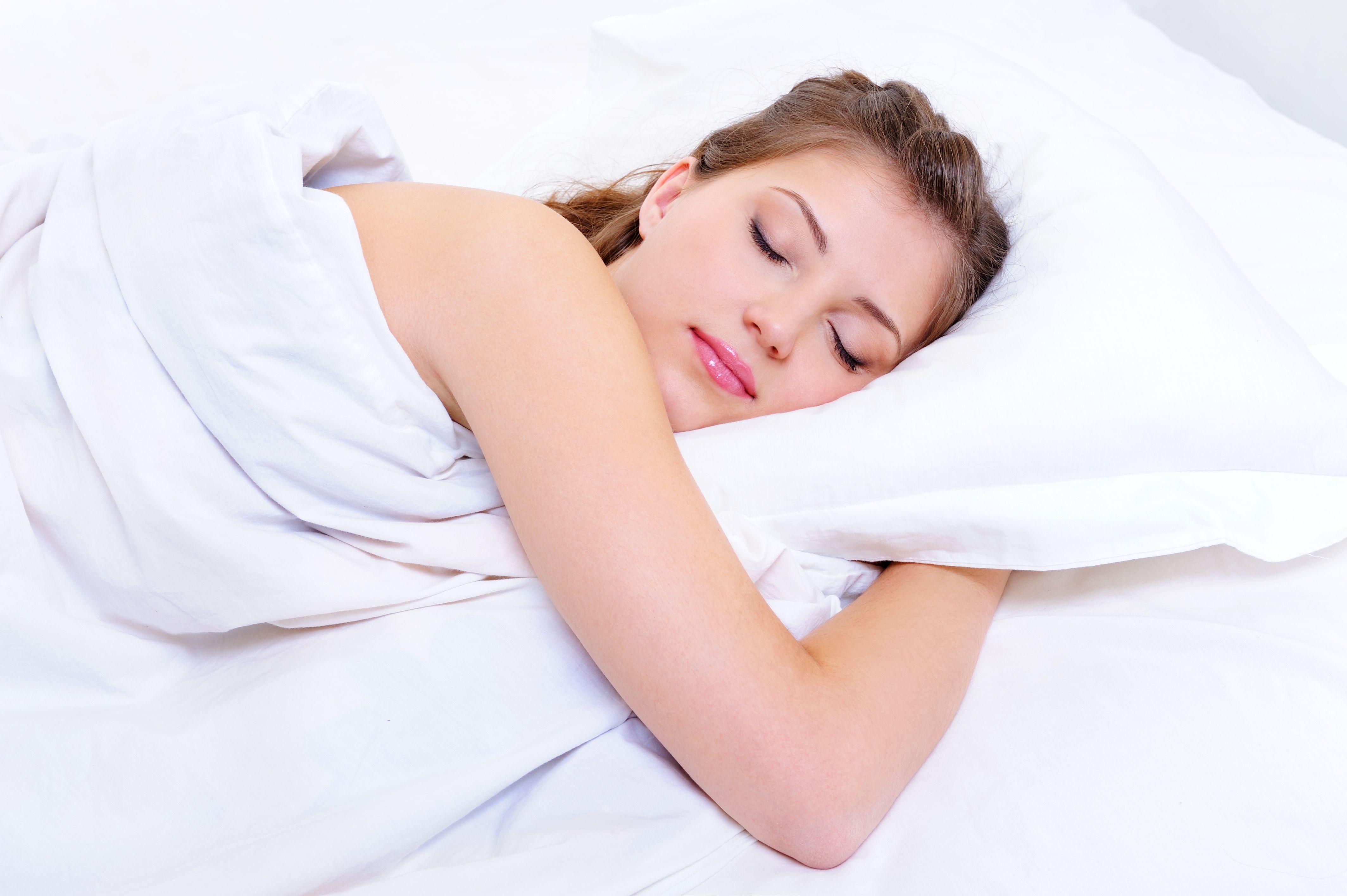 Qu no debemos comer antes de dormir me lo dijo lola - Orientacion cama dormir bien ...