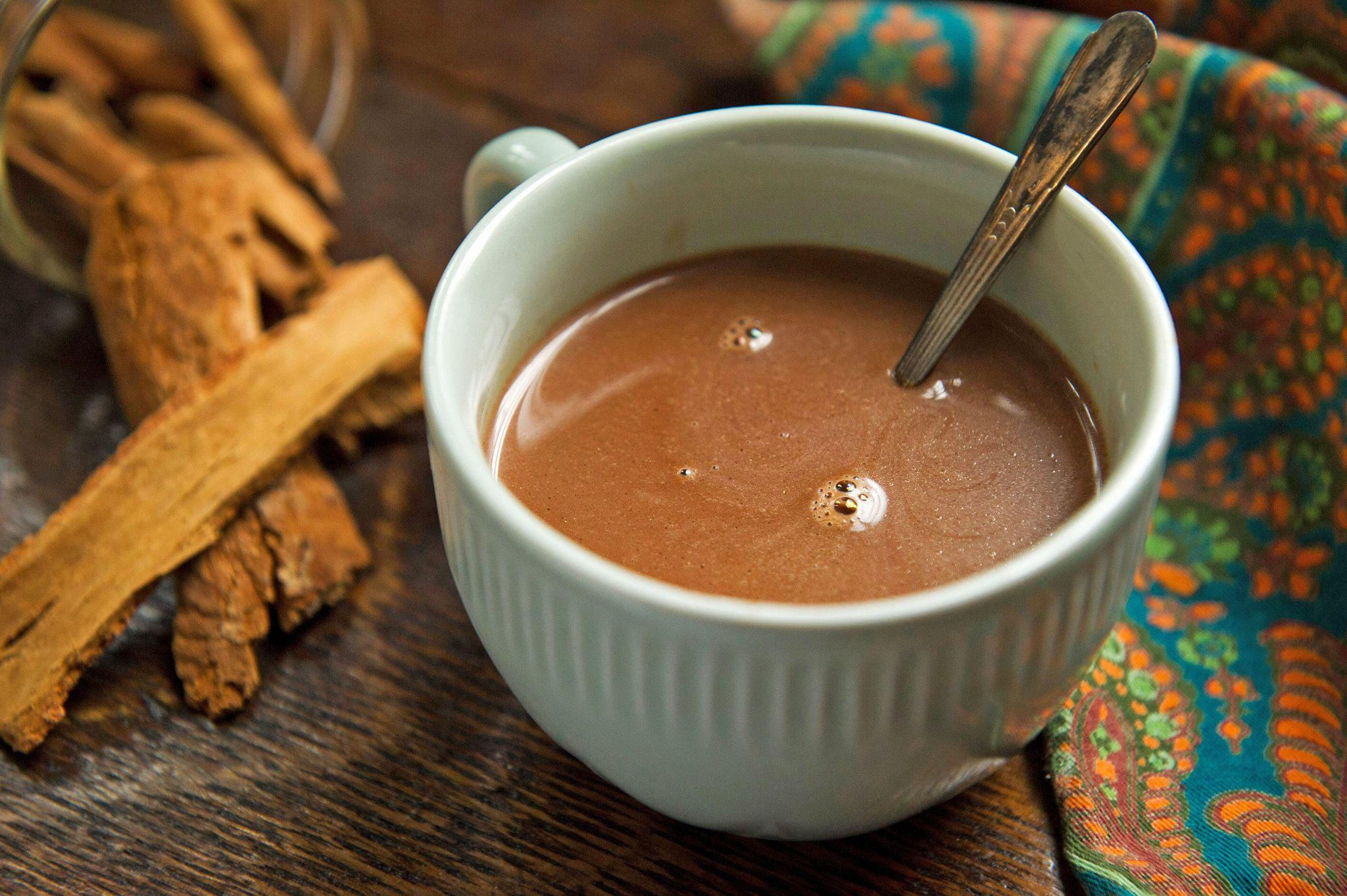 Cómo Hacer Un Chocolate Caliente Perfecto Me Lo Dijo Lola