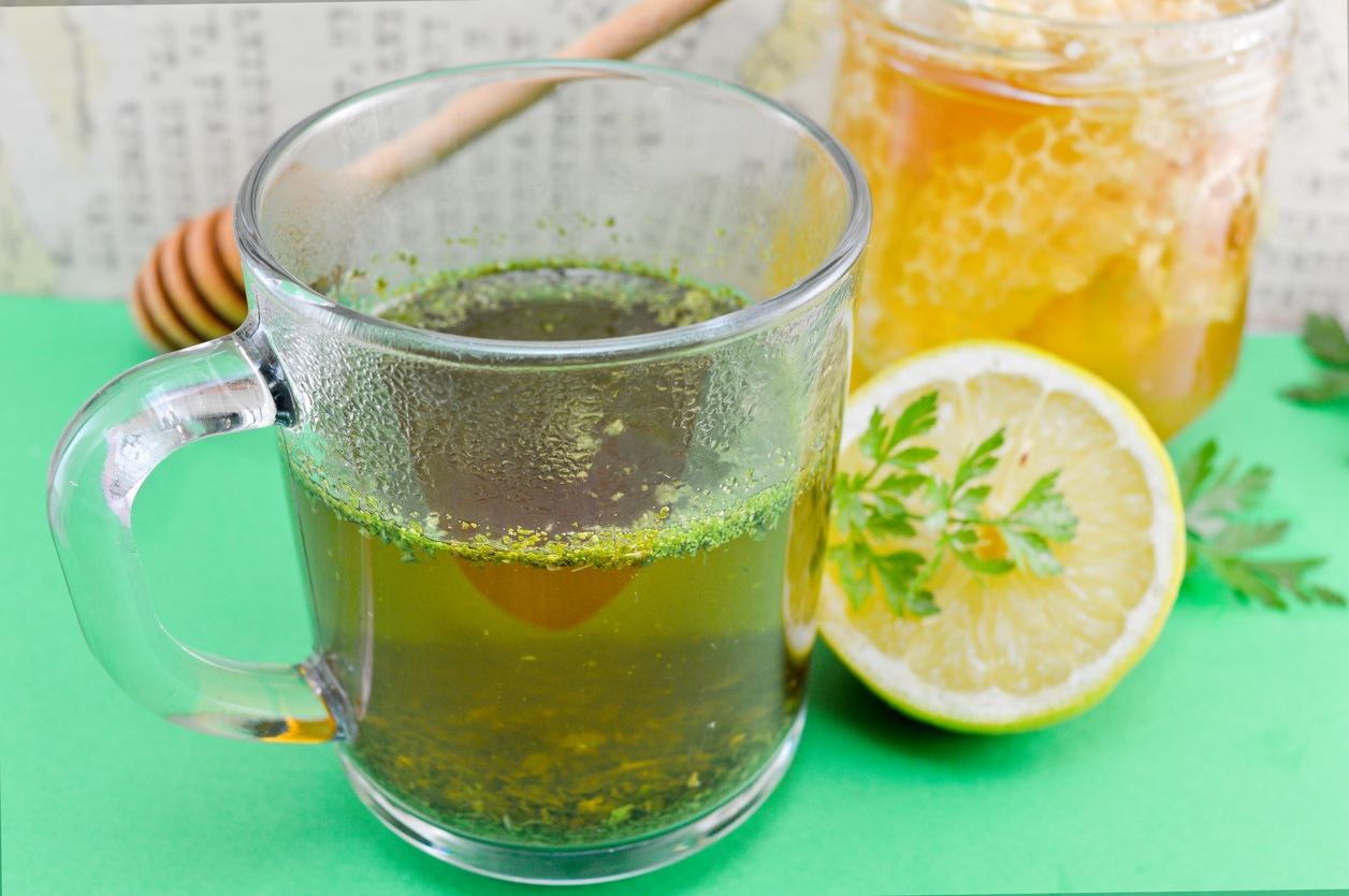 jugo puro de limon para adelgazar
