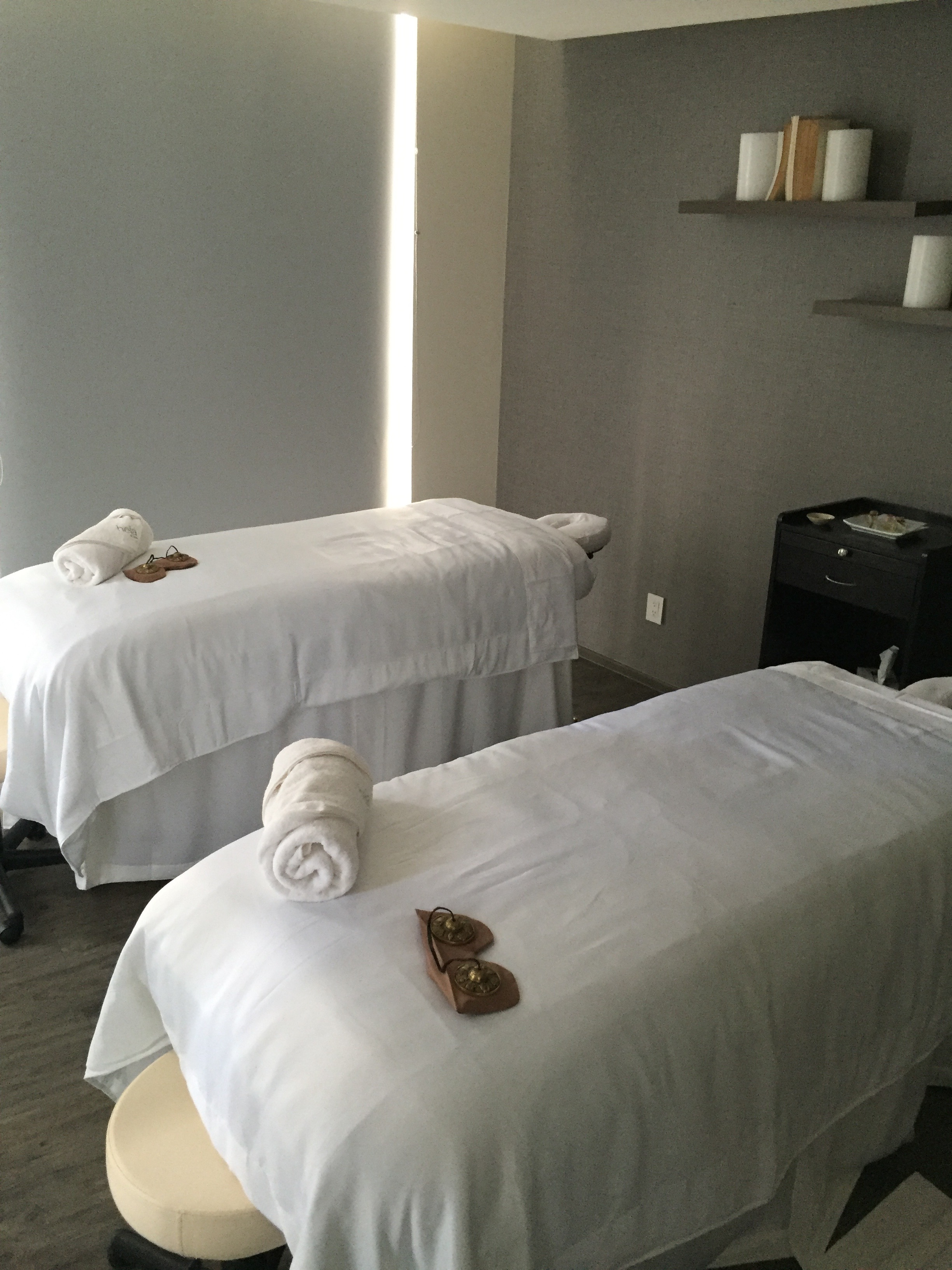 bueno sala de masaje facial