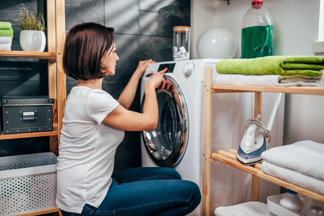 Clasifica la ropa al lavarla
