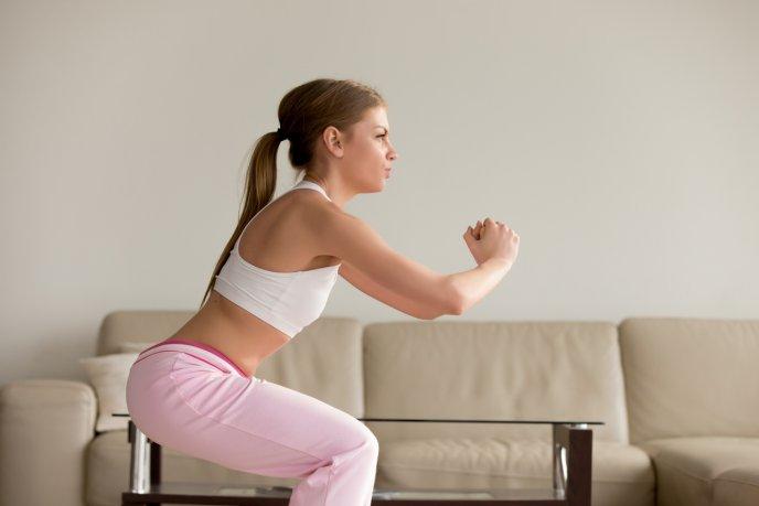 Rutina cardio para hacer en casa:15 minutos de ejercicios aeróbicos intensos