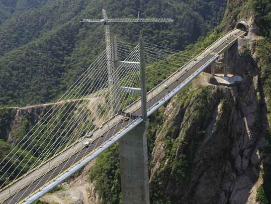 Estas son las autopistas más caras de México