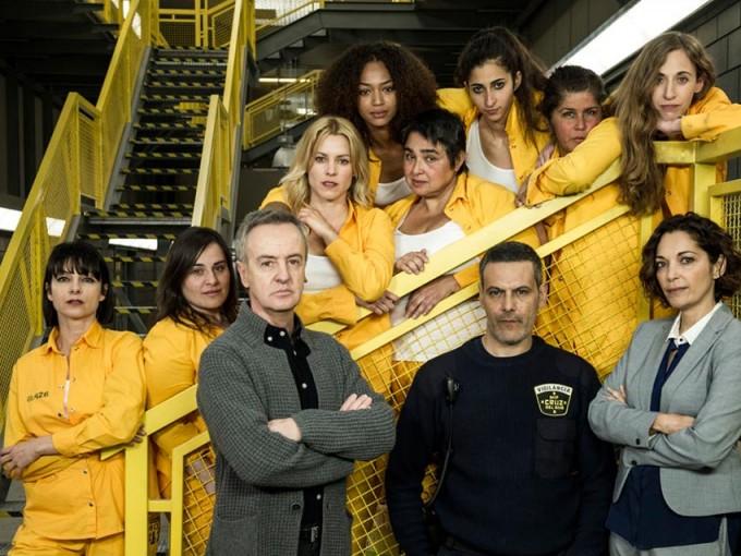 En la cuarta temporada de Vis a Vis también volverán viejos conocidos como Palacios (Alberto Velasco), que ya participó en las dos primeras temporadas de la serie y Maca (Maggie Civantos), que volverá a la galería de Cruz del Norte.