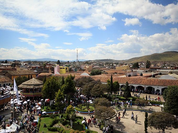 Chignahuapan, Puebla.- Lánzate a la Sierra Norte de Puebla y descubre este poblado, famoso por su quiosco de estilo mudéjar. El precio por persona es de 1,300 pesos. Foto: Cuartoscuro