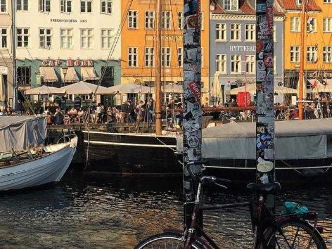 Los amantes del diseño, la arquitectura y el arte se deleitarán en Copenhague, Dinamarca, donde todo lo moderno reina, contrastado por monumentos históricos.