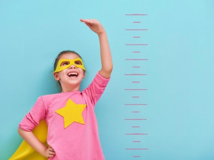 ¿Cuánto crecen los niños por año?