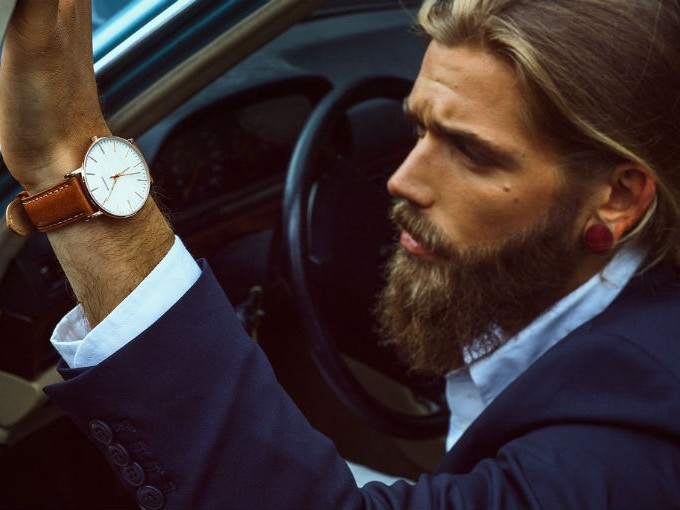 2. Dicen que debajo de su barba, su piel es perfecta.