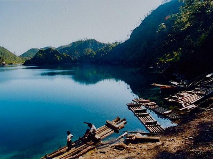 Lagunas de Montebello. Chiapas no deja de sorprenderme con sus paraísos, y en este caso lo hizo con estas lagunas color turquesa de Montebello. Definitivamente no te las puedes perder. (Foto: Roberto llebig).