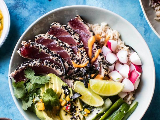 Poke Bowl de salmón, un clásico que debes probar.