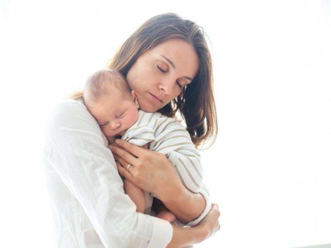 Es probable que, si la mamá sufrió cambios emocionales en el embarazo, el niño sea más sensible o tenga problemas de conducta durante su crecimiento.