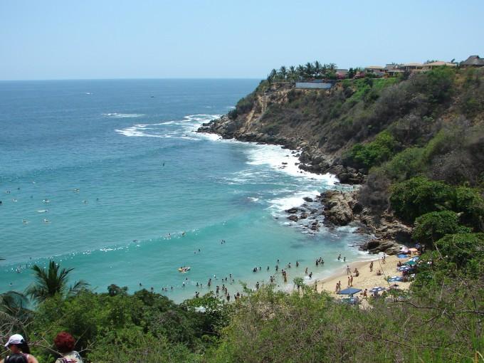 Puerto Escondido está en la Costa del Pacífico Mexicano en el estado de Oaxaca a 800 km de la Ciudad de México. Foto: Wikimedia