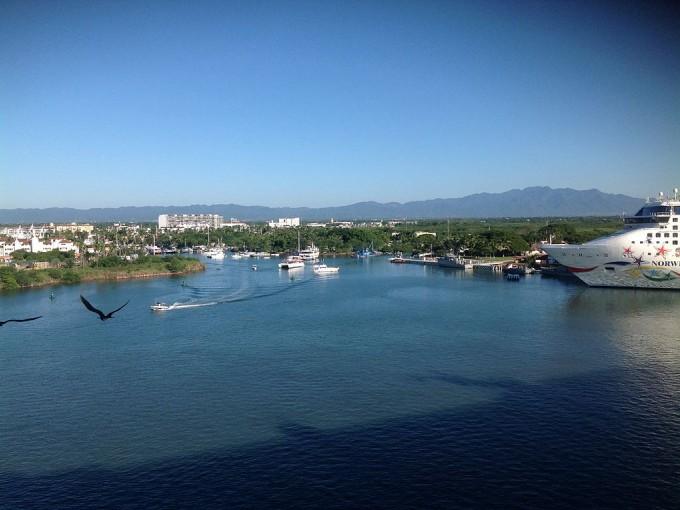 ¿Qué visitar en Puerto Vallarta? Tienes muuuucho que ver. Foto: Wikimedia Commons