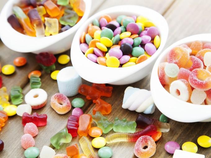 Son calorías vacías que no aportan nutrimentos y hacen que el bebé se acostumbre a ese sabor.
