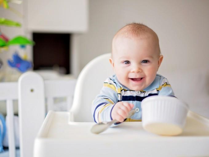 Evita que tu bebé consuma los siguientes alimentos antes del primer año.