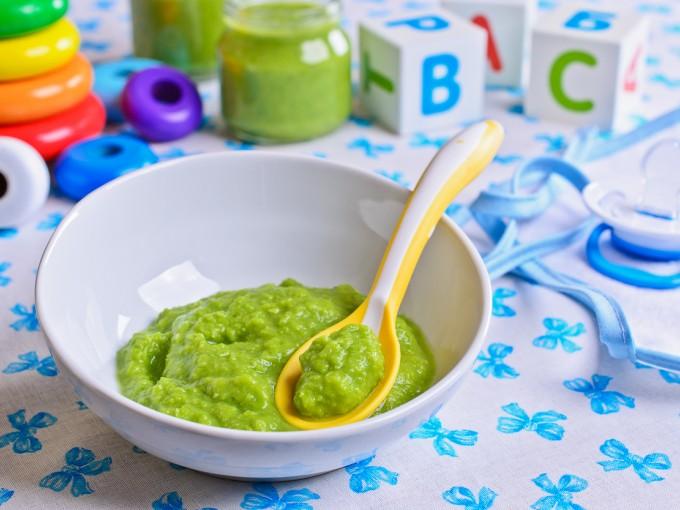 Entre niños de uno a tres años se recomienda no dar más de una ración de estas verduras al día y evitar su consumo en pequeños que presenten infecciones gastrointestinales.