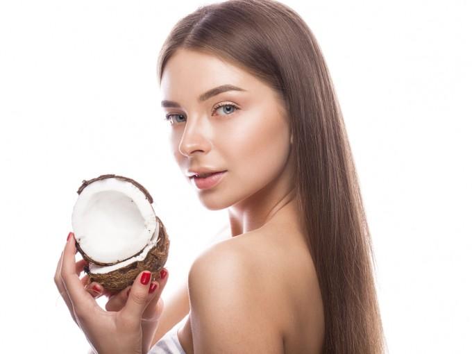 efectos del aceite de coco sobre la piel