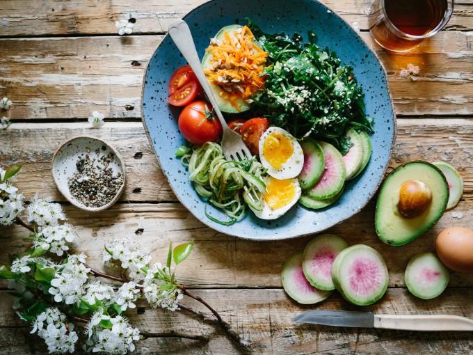 5 alimentos que te ayudarán a bajar de peso