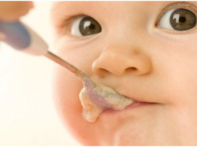 Las primeras comidas de tu bebé