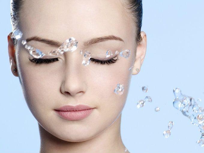 3 Beneficios del agua micelar que debes probar