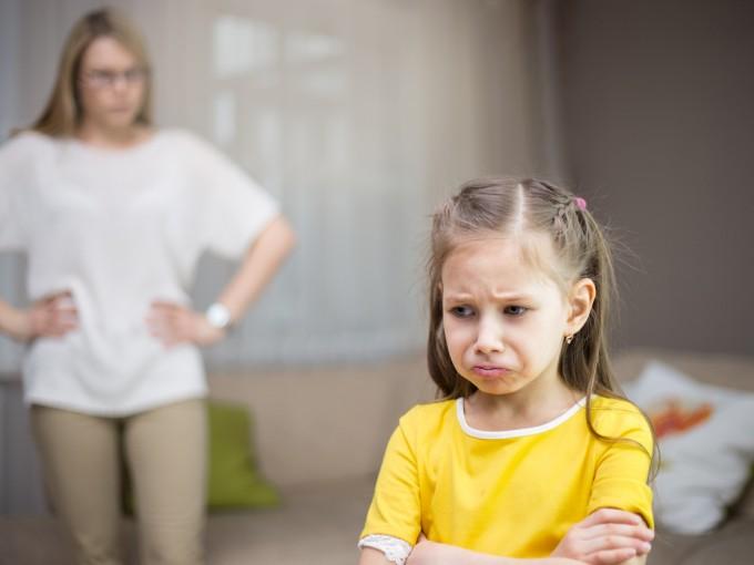 Estrategias Para Calmar A Un Niño Enojado