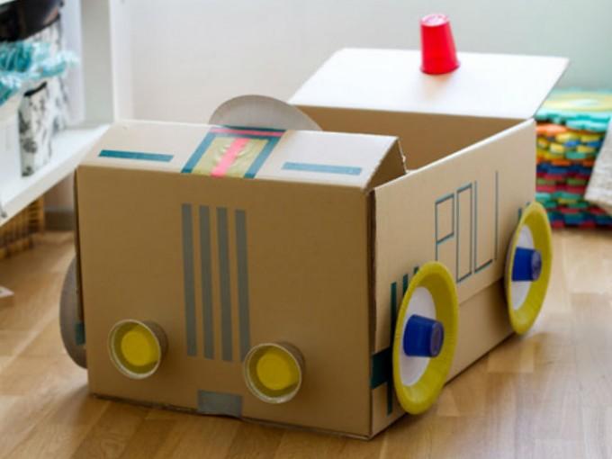 ¿Cómo hacer un coche de cartón?