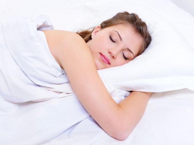 ¿Qué no debemos comer antes de dormir?