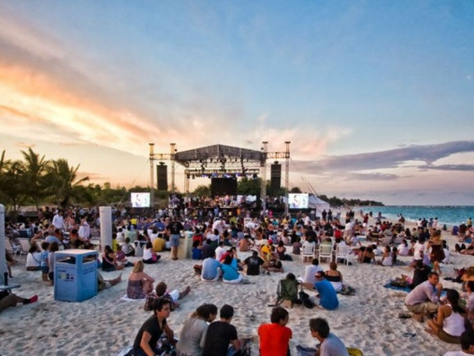 Festeja el año nuevo en Playa del Carmen