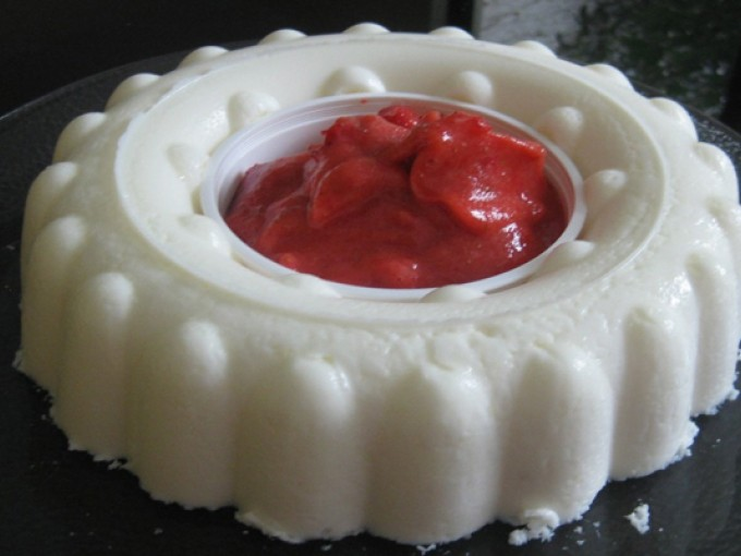 Gelatina de yogurt topping fresa