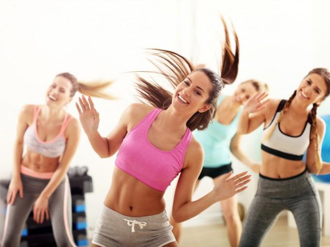 ejercicio para adelgazar bailando zumba