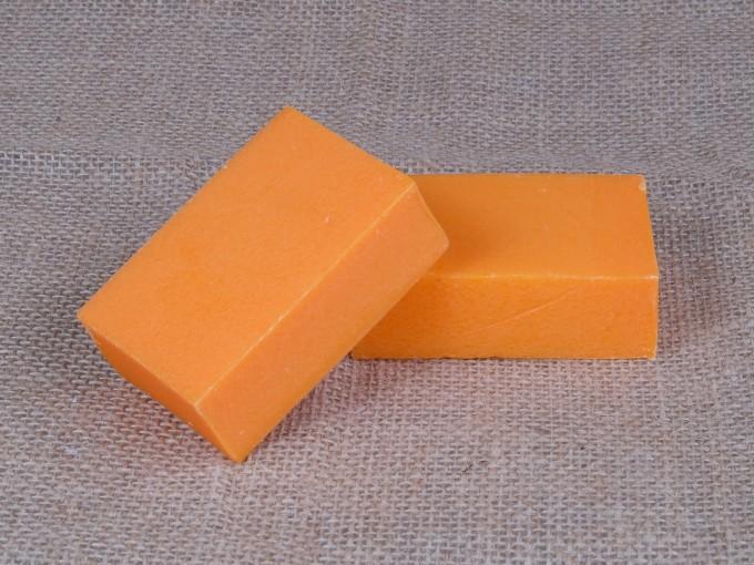 Cómo hacer jabón casero de zanahoria Foto: iStock