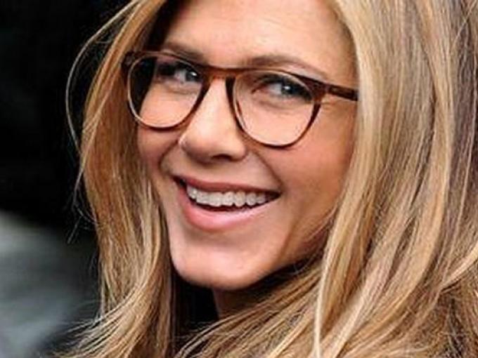 53ce6b6c41 Que lentes comprar en base a la forma de mi cara | Me lo dijo Lola