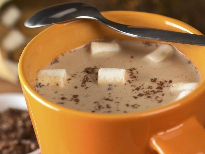 ¿Cómo hacer un chocolate caliente perfecto?