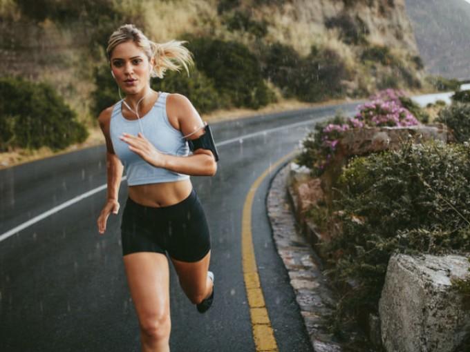 Cardio: el ejercicio cardiovascular es indispensable, no solamente para quemar grasa, también para mantener estable el ritmo cardiaco./Cortesía:iStock