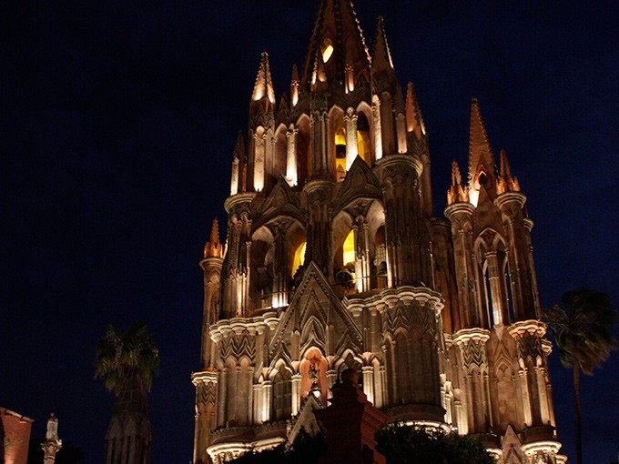 San Miguel de Allende.- El paseo tiene un precio de 1,900 pesos para niños y para adultos cuesta de 2,790 hasta 7,590 pesos, en caso de solicitar un servicio privado o para alguna celebración especial. Foto: Cuartoscuro
