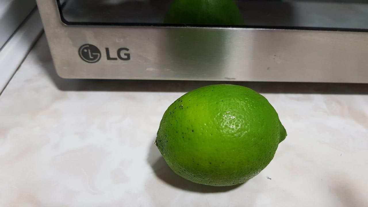 Limpiar con un limón